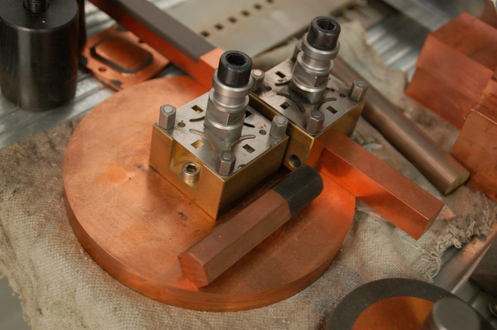 Wat is een zinkvonk elektrode Nefratech EDM-Center kennisbank