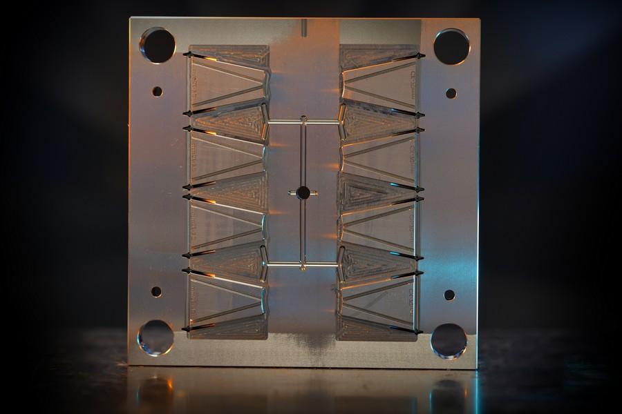 Zinkvonk product, zinkvonken, zinkeroderen Nefratech EDM Center